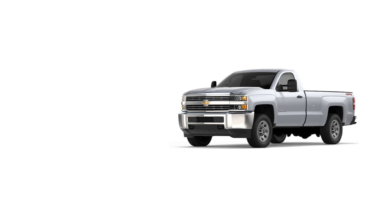 Trailering & Towing Tips for Chevy Trucks: New Roads