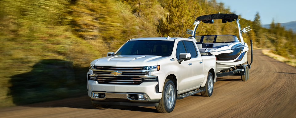 Silverado 2500 Towing Capacity >> Chevy Trucks Trailering Towing Guide For Silverado Colorado