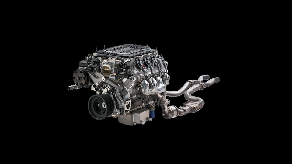 Chevrolet Performance LT4 E-ROD Small-Block Crate Engine Features 1.7L Eaton R1740 TVS Supercharger Part No. 19356048