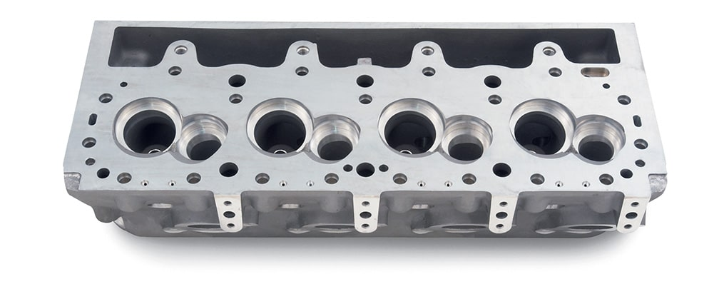 Chevy Performance Splayed-Valve 4.500 Bore Center Cylinder Head