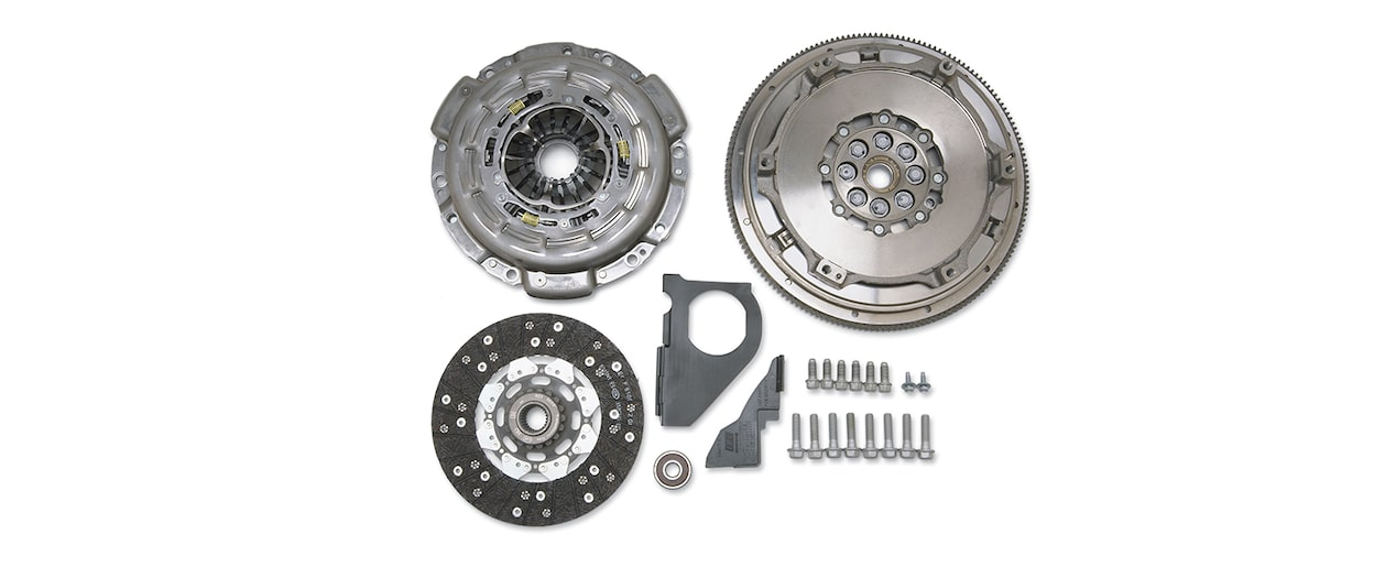 Chevrolet Performance TREMEC TR6060 (MG9) Transmission Installation Kit With 8-Bolt Flange Part No. 19259270