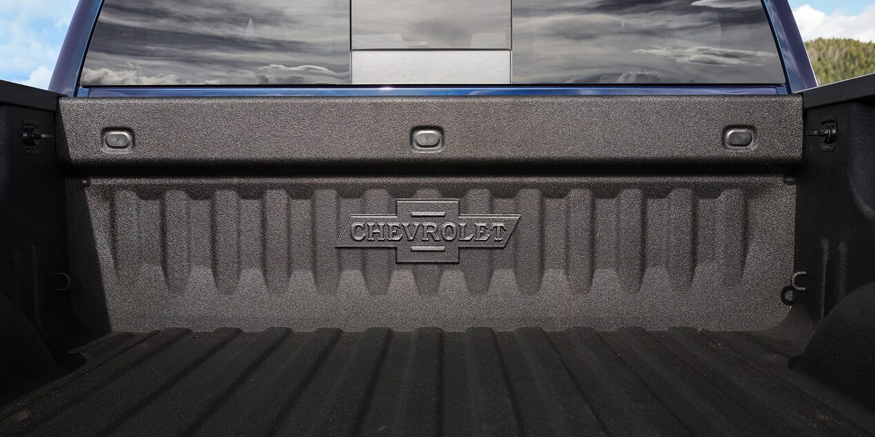 Chevrolet Centennial Truck Special Edition: Bed