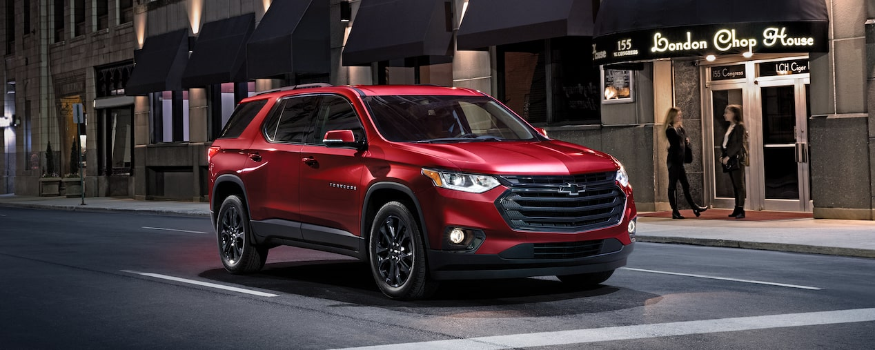 Chevrolet Commercial Vehicles: Traverse Mid Size SUV