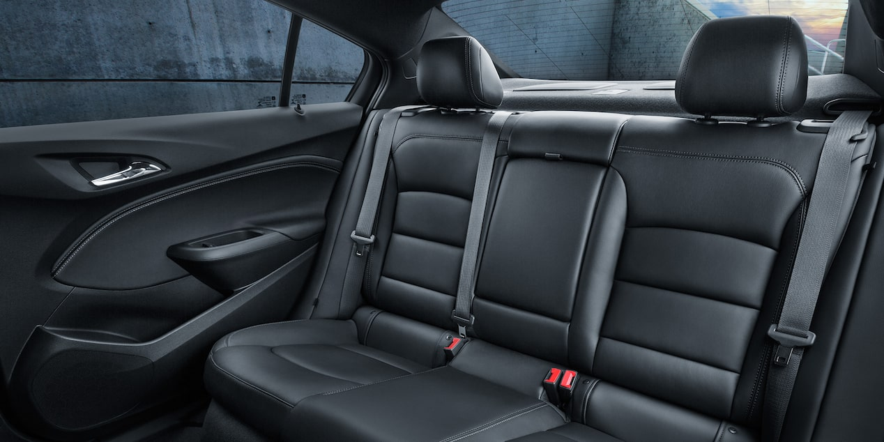 2017 Cruze Compact Car Design: backseats