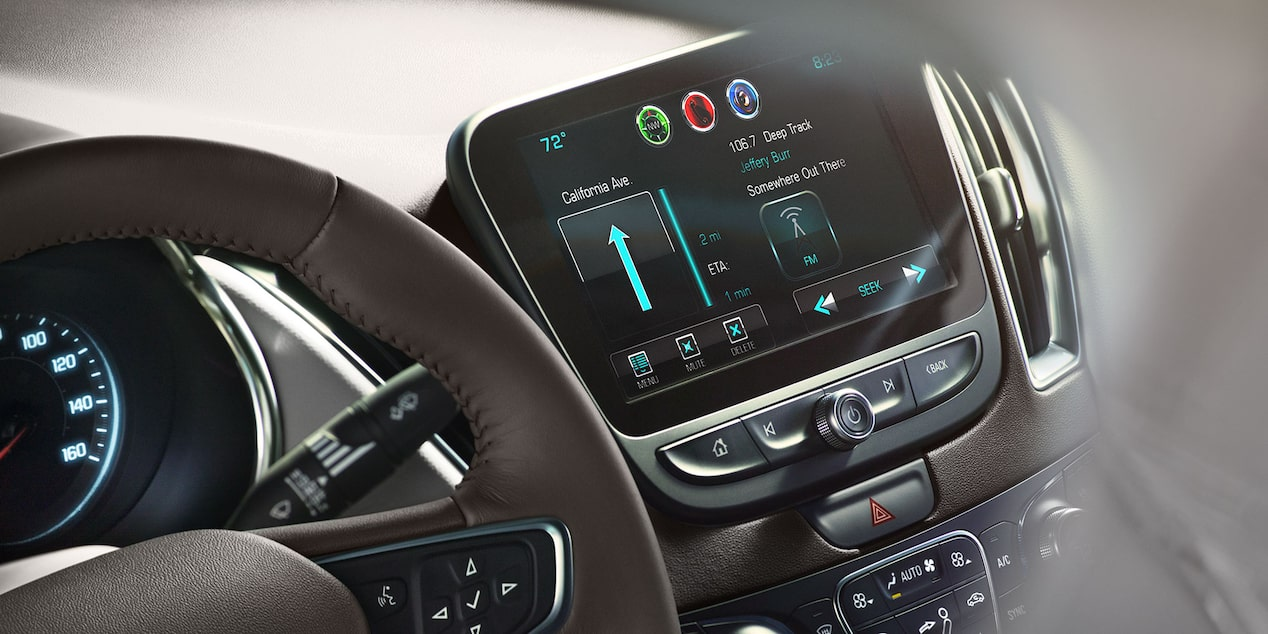 2017 Malibu Mid-Size Car Design: touch-screen display