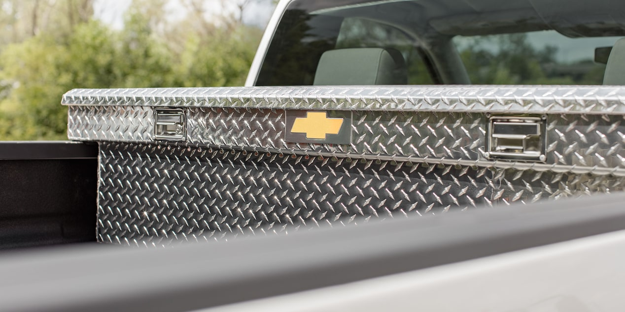 2017 Silverado HD Commercial Truck Accessories: diamond patterned toolbox