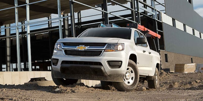 2017 Colorado Commercial Mid-Size Truck Exterior Photo: front