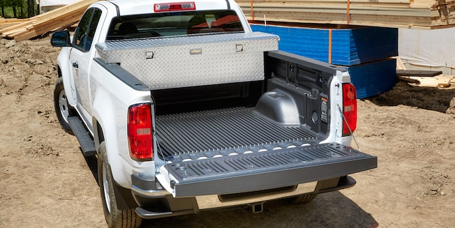 2017 Colorado Commercial Mid-Size Truck Exterior Photo: bed