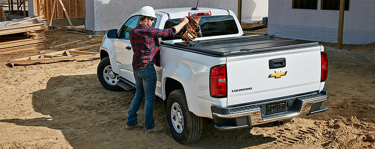 2017 Colorado Commercial Mid-Size Truck Design: GearOn storage system