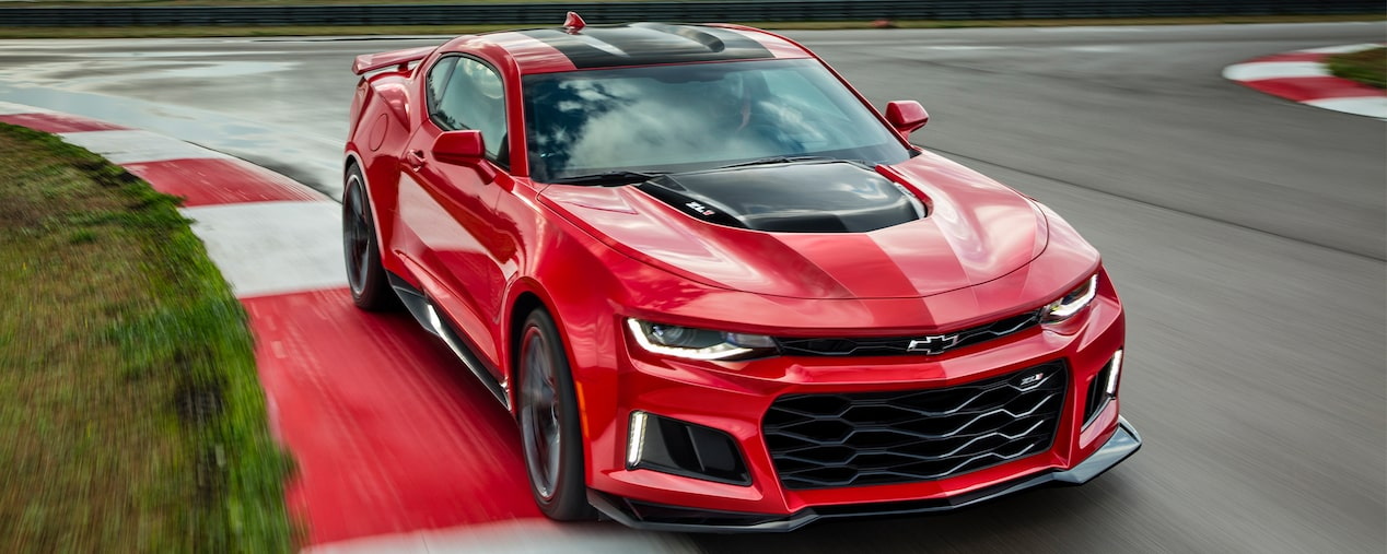2017 Camaro ZL1 Design: all new front fascia
