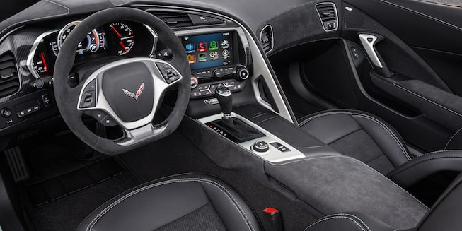 2017 Corvette Stingray Interior Photo: cockpit