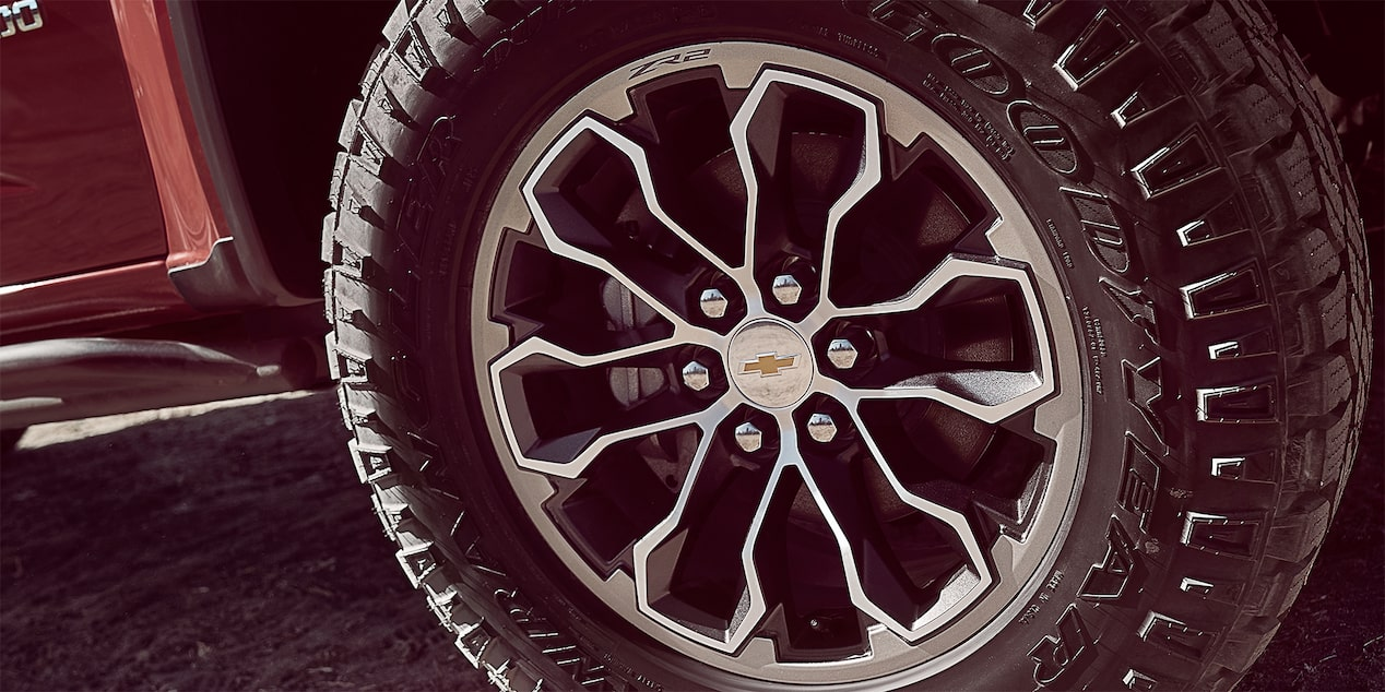 2017 Colorado ZR2: 17-inch wheels