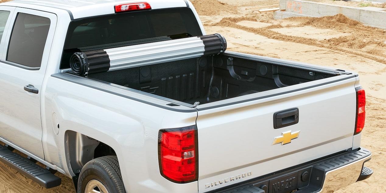 2017 Silverado 1500 Accessories: Tonneau Cover-hard rolling