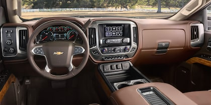2017 Silverado 2500HD Truck Design: interior dashboard