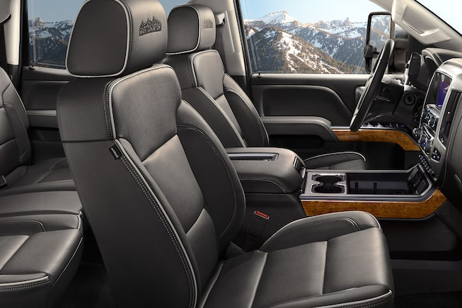 2017 Silverado 2500HD Truck Design: leather-trimmed interior