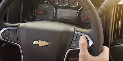2017 Silverado 2500HD Truck Design: centrally located controls steering wheel