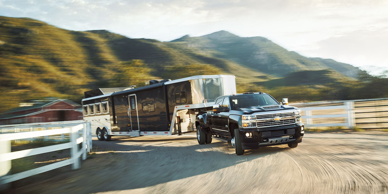 2017 Silverado 3500HD Truck Performance: towing side