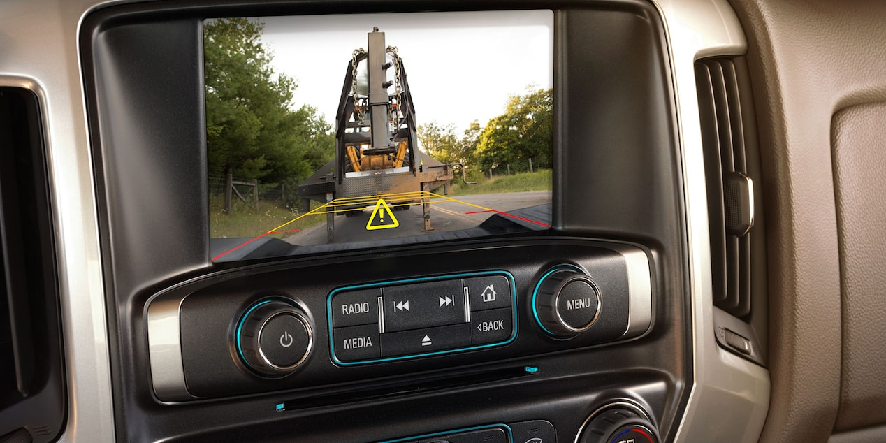 2017 Silverado 3500HD Truck Technology: rear vision camera