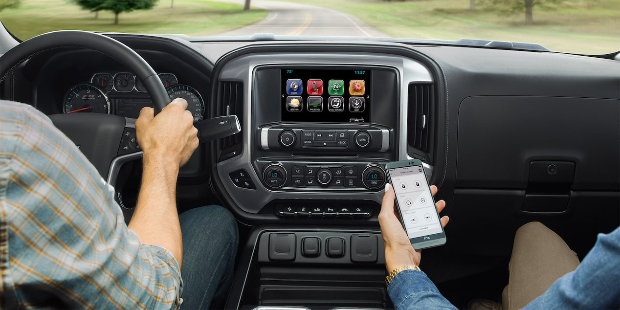 2017 Silverado 3500HD Truck Technology: 8-inch color touch screen