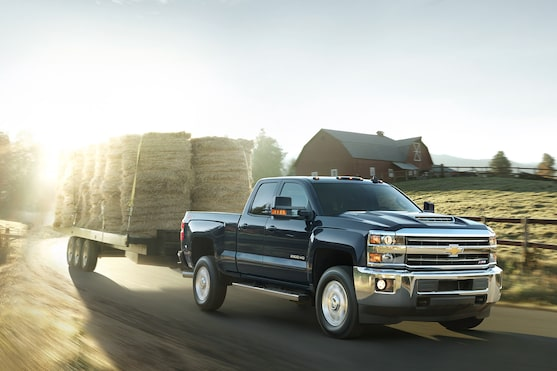 Chevrolet Silverado Family: Towing