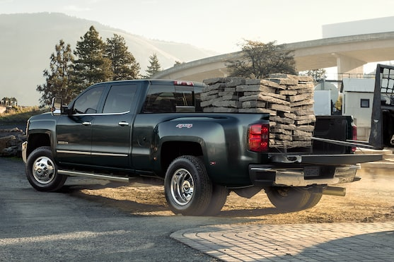 Chevrolet Silverado Family: Truck Bed