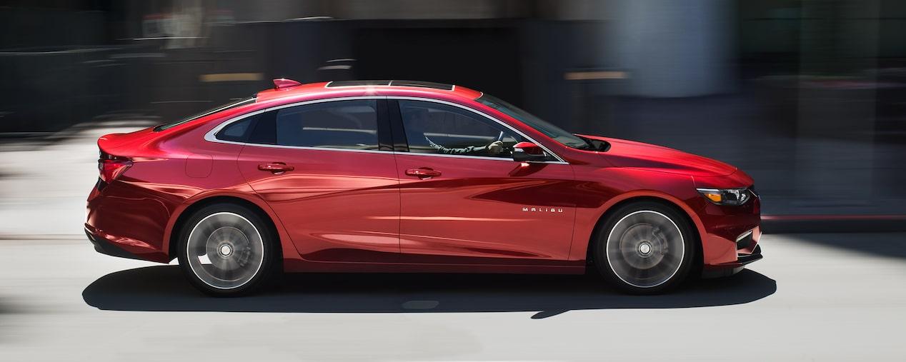 2018 Malibu Mid-Size Car & Hybrid Car | Chevrolet