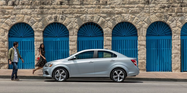 Chevrolet 2018 Sonic Compact Car Exterior Photo: sedan side profile