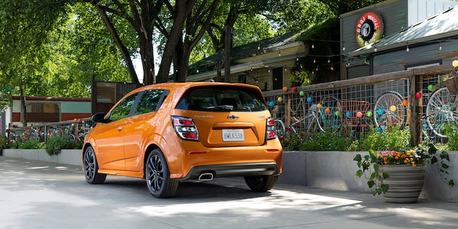 Chevrolet 2018 Sonic Compact Car Exterior Photo: hatchback rear view
