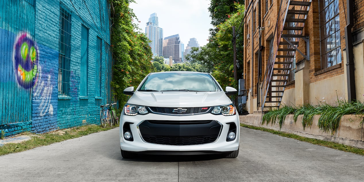 Chevrolet 2018 Sonic Compact Car Design: front grille