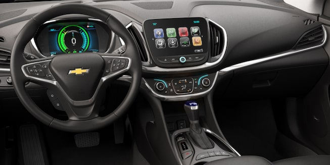 2018 Volt Plug-In Hybrid Interior Photo: front dashboard