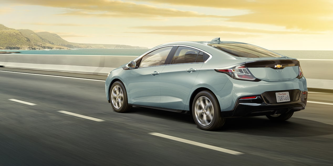 2018 Volt Plug-In Hybrid Performance: rear view