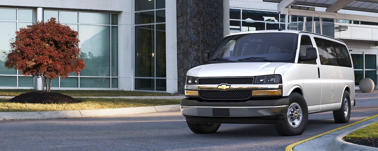 2018 Express Penger Van: 15 Penger Van | Chevrolet