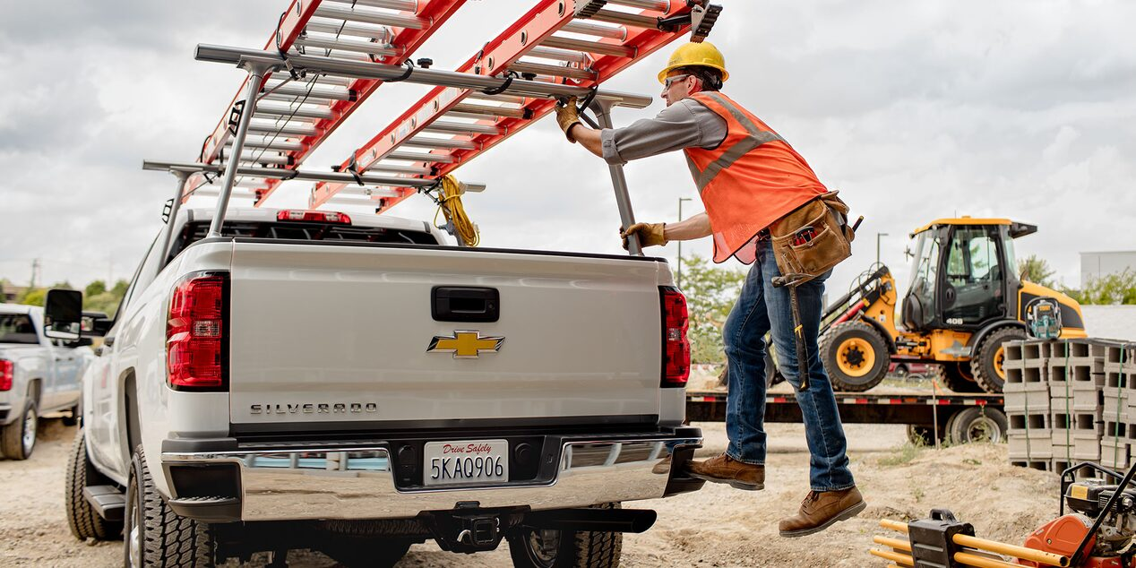 2018 Silverado HD Commercial Work Truck Accessories: CornerStep rear bumper