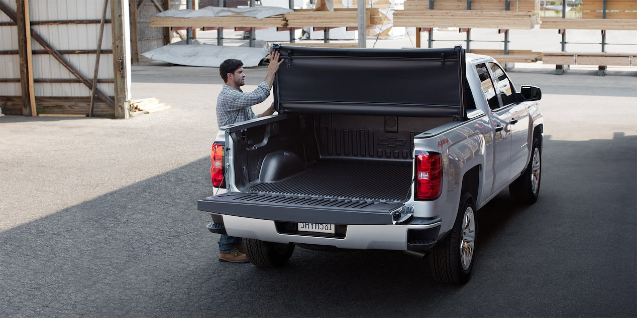 2018 Silverado 1500 Commercial Work Truck Accessories: hard folding Tonneau Cover