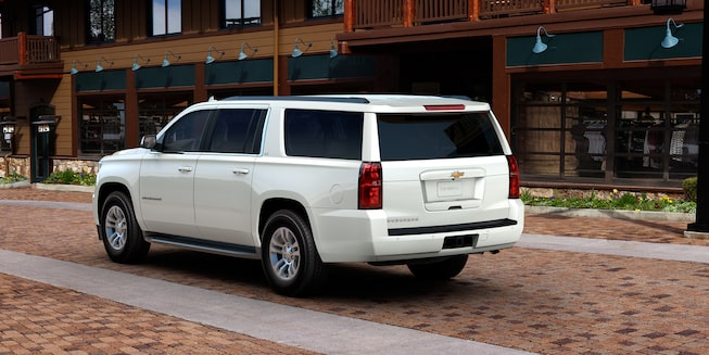 2018 Suburban SUV Exterior Photo: side- iridescent Pearl