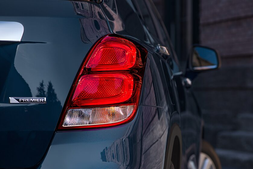 2018 Trax Small SUV Design: LED taillamps
