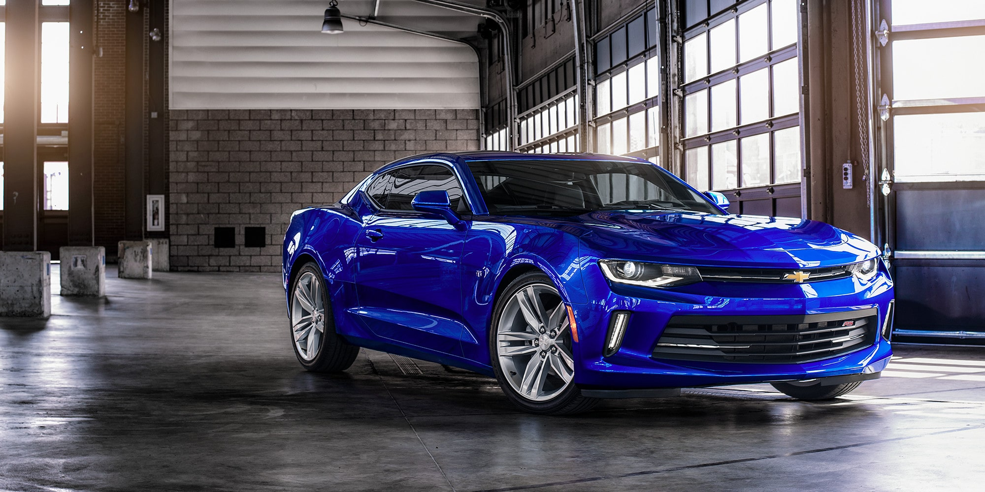 2018 Ford Mustang compared with the 2018 Chevrolet Camaro