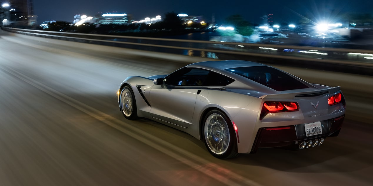 2018 Corvette Stingray Sports Car Design: rear side