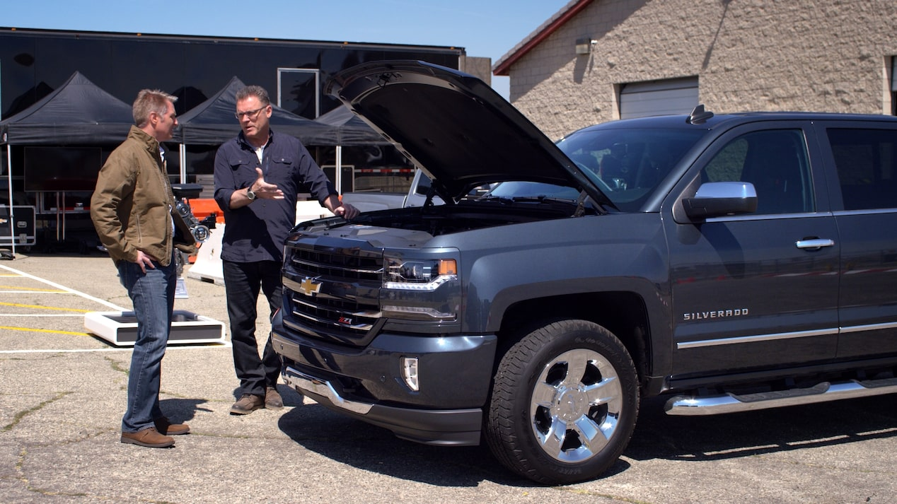 2018 Silverado 1500 Pickup Truck: Howie Long Video