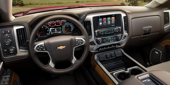 2018 Silverado HD Heavy Duty Truck Interior Photo: dashboard
