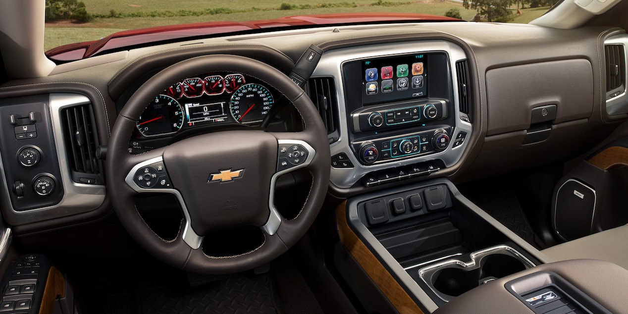 2018 Silverado HD Heavy Duty Truck Technology: dashboard with MyLink