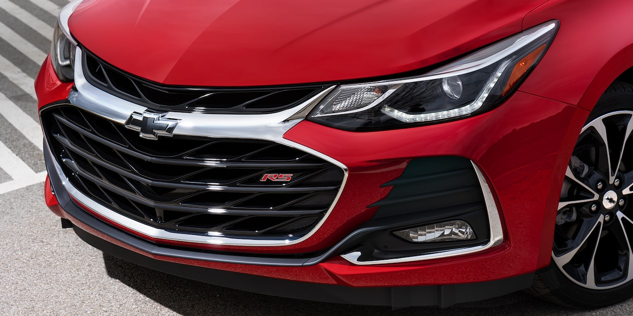 2018 Cruze Small Car RS: Front