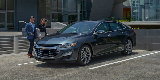 2019 Malibu Midsize Car Exterior Photo: Side profile