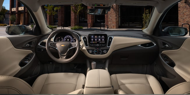 2019 Malibu Midsize Car Exterior Photo: dashboard