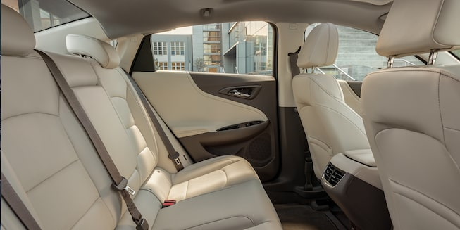 2019 Malibu Midsize Car Exterior Photo: Back seats