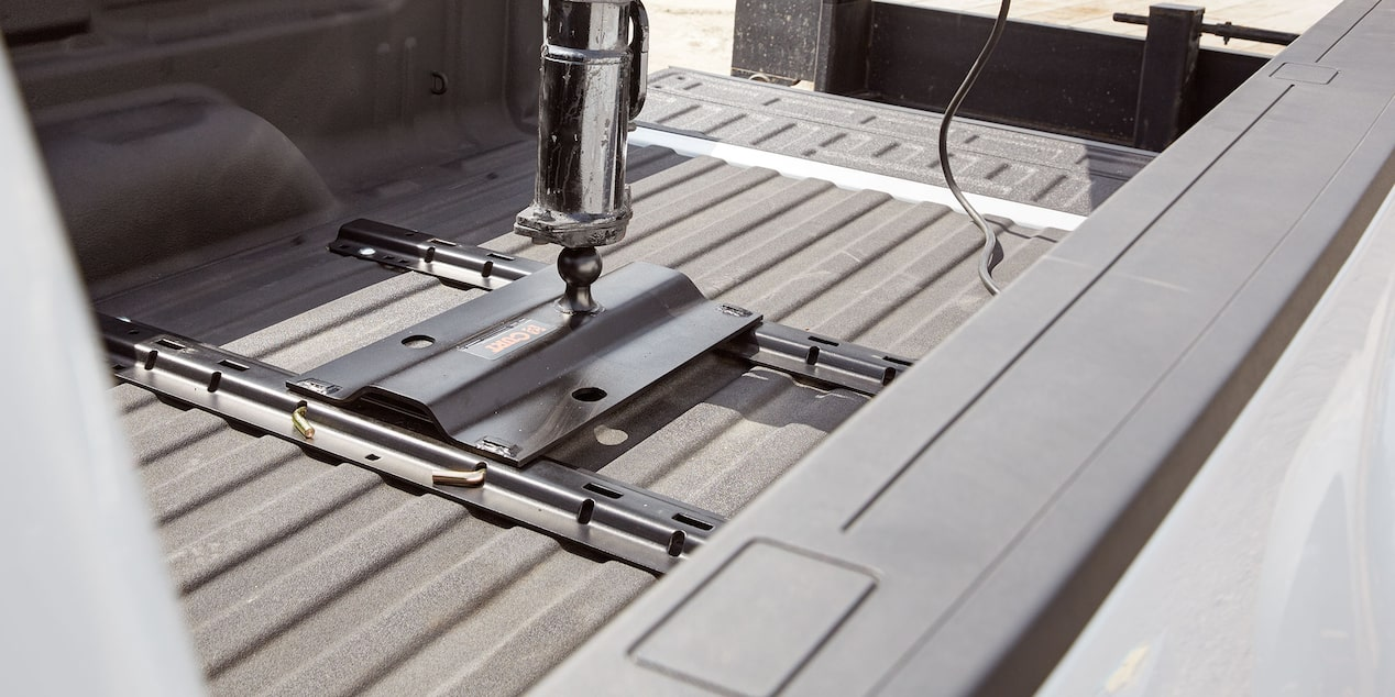 2019 Silverado HD Commercial Work Truck Accessories: bed