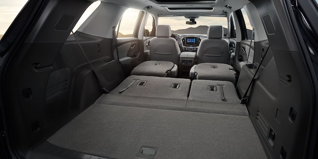 2019 Traverse Midsize SUV Interior Photo: cargo space