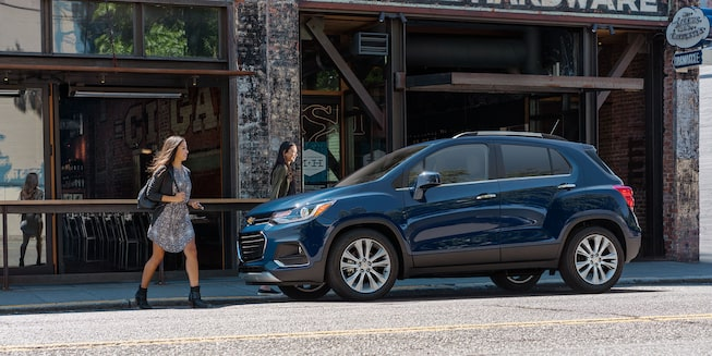 2019 Trax Compact SUV Exterior Photo: side view