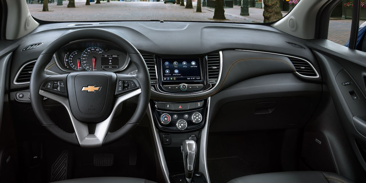 2019 Trax Compact SUV Technology: dashboard