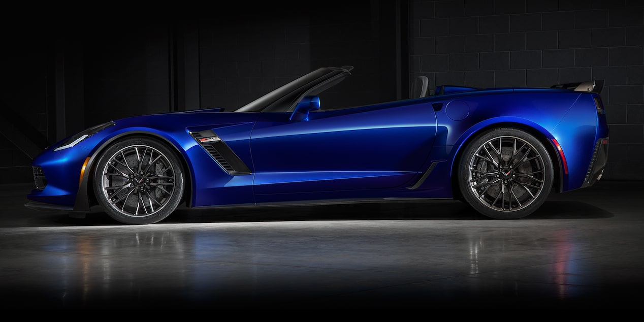 2019 Corvette Z06 Super Car Design: convertible side